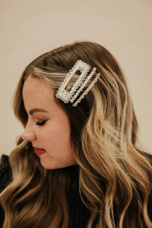 THE BEADED CRYSTAL HAIRPIN SET IN CLEAR