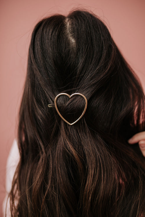 THE HEART HAIR PIN IN GOLD