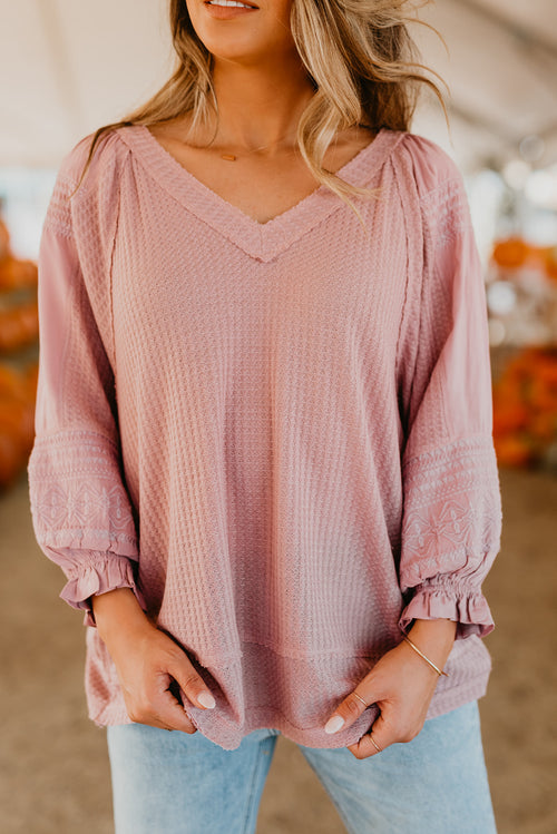 THE WHITNEY KNIT TOP IN LIGHT PURPLE