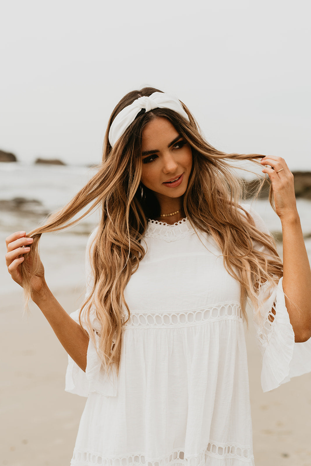 THE KNOT HEADBAND IN WHITE