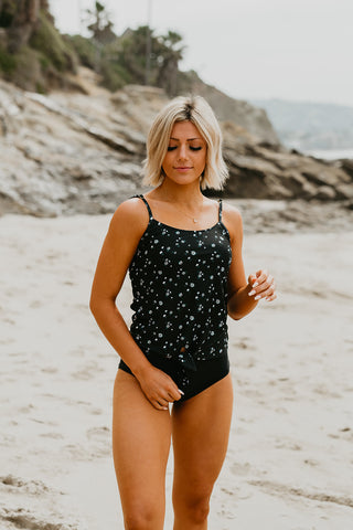 PINK DESERT TIE STRAP MIDKINI SWIM TOP IN MOCHA DOT
