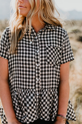 THE TYLER TWISTED HEM PLAID TOP IN SIENNA