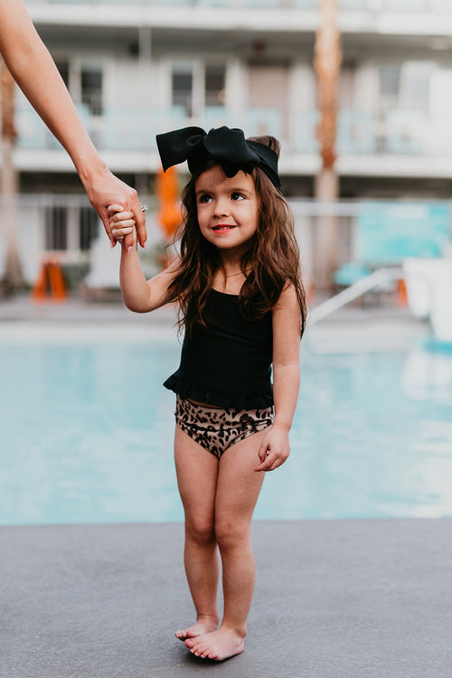 PINK DESERT GIRLS MINI RUFFLE PEPLUM SWIMSUIT SET IN BLACK AND TEXTURED LEOPARD