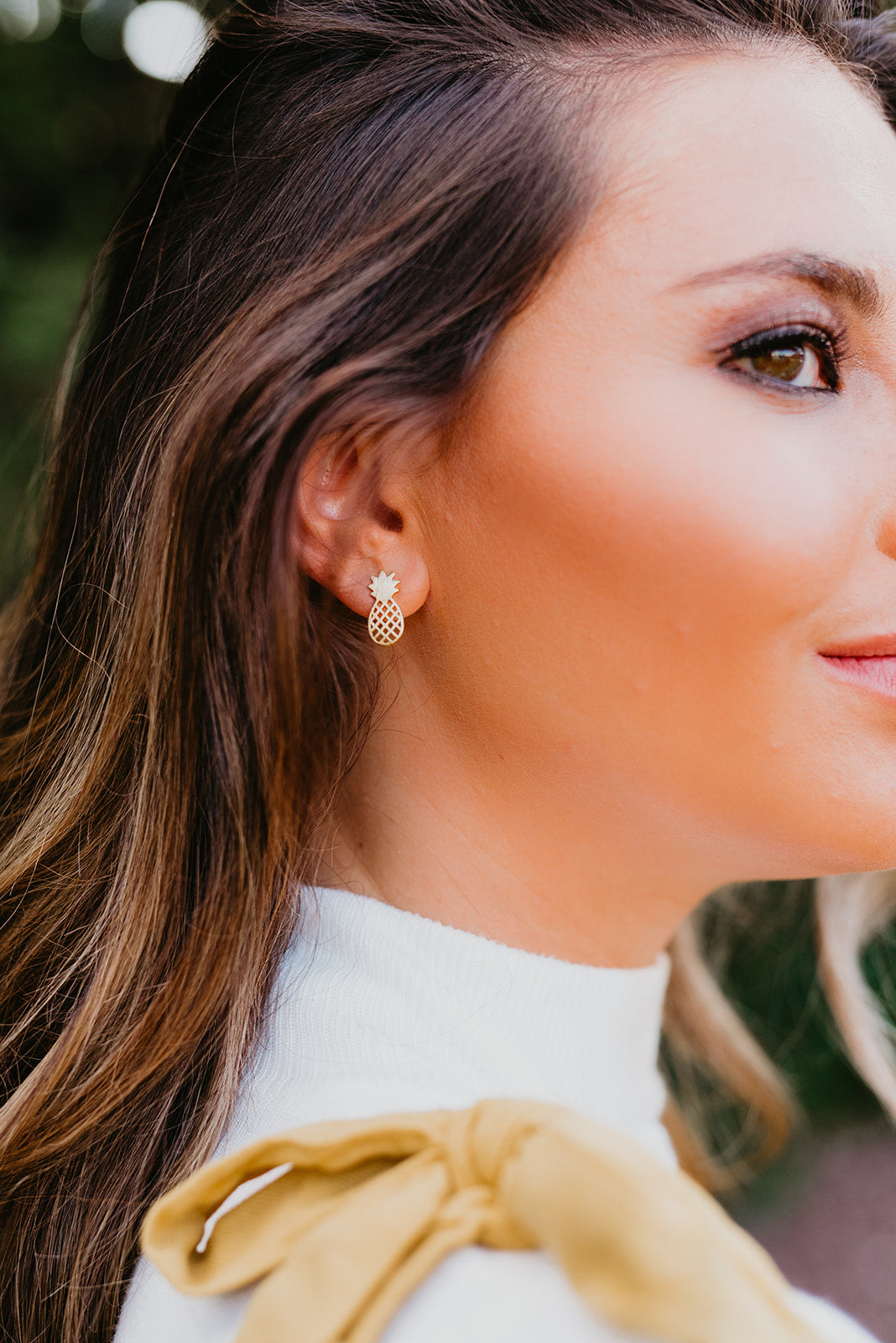 THE PINEAPPLE STUD EARRINGS IN GOLD