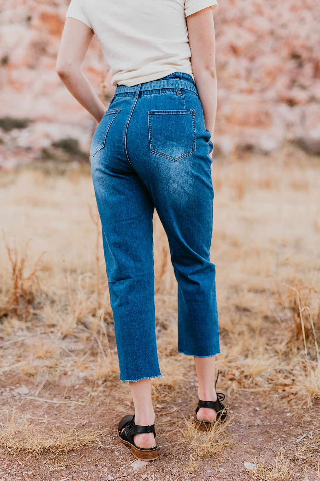 THE HIGH RISE PAPER BAG JEANS IN MEDIUM DENIM