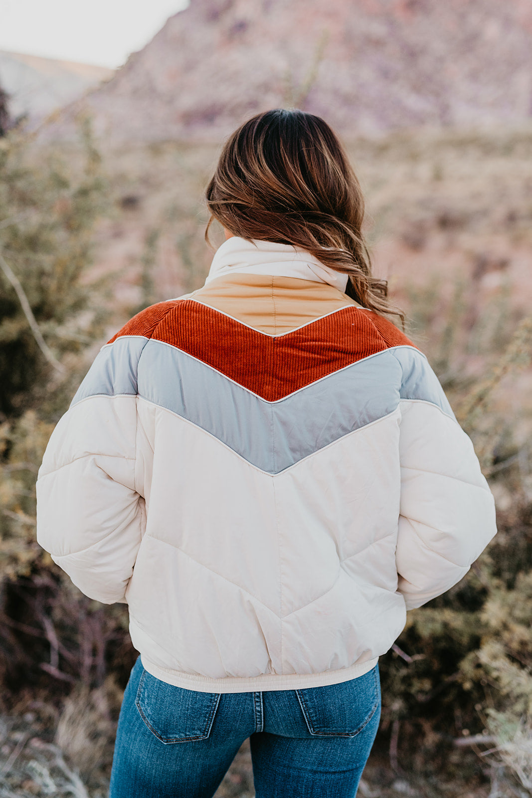 THE RELAXED PUFF COLOR BLOCK JACKET