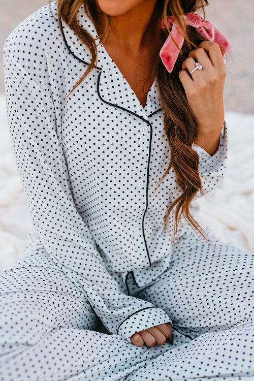 THE DREAMY PAJAMA SET IN BLACK AND WHITE POLKA DOT
