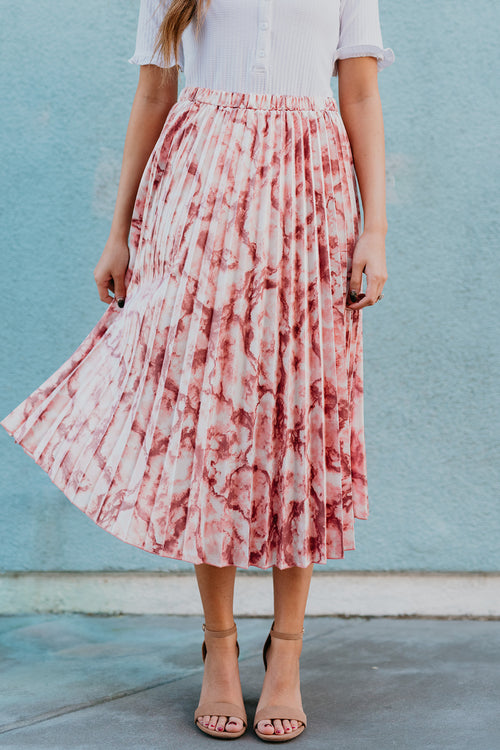 THE MINDY MARBLE PLEATED SKIRT IN DUSTY PINK