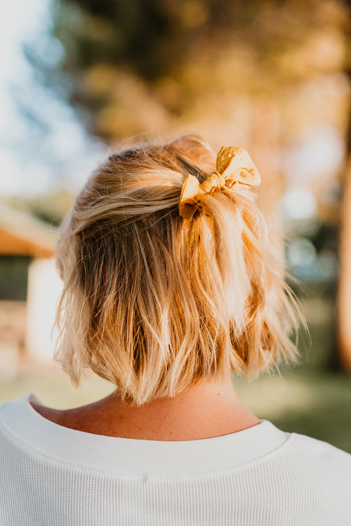 THE BUNNY RIBBON TIE SCRUNCHIE IN MUSTARD