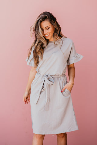 THE LYDIA TIERED MIDI DRESS IN LIGHT PINK