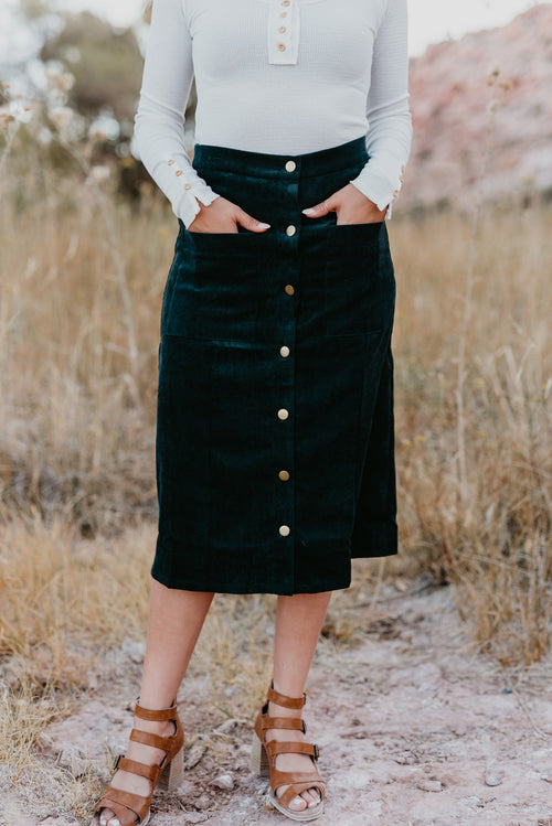 THE CANDY CORDUROY MIDI SKIRT IN DARK EMERALD