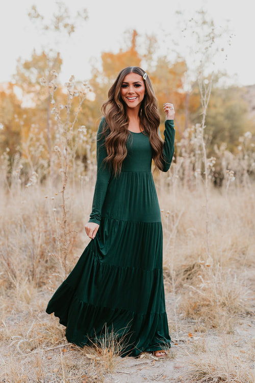 THE TIANA TIERED MAXI DRESS IN HUNTER GREEN