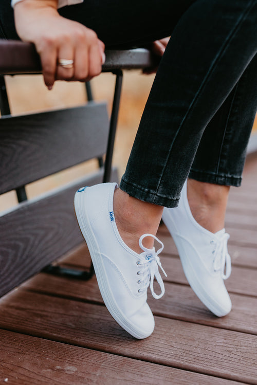 CHAMPION WHITE SNEAKERS - KEDS
