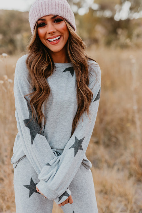 A STAR IS BORN SWEATER TOP IN HEATHER GREY