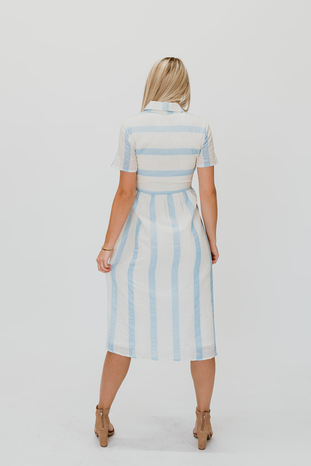 THE KAILEE TEXTURED STRIPE DRESS IN SKY BLUE