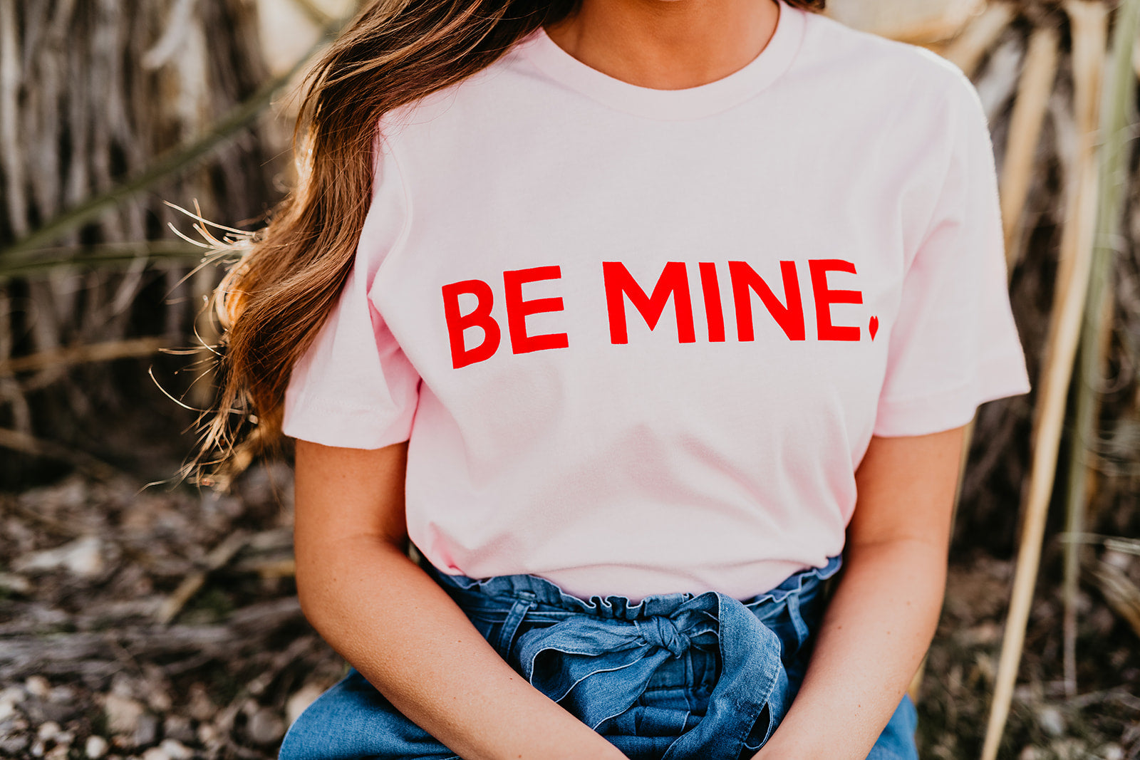 THE BE MINE GRAPHIC TEE IN PINK