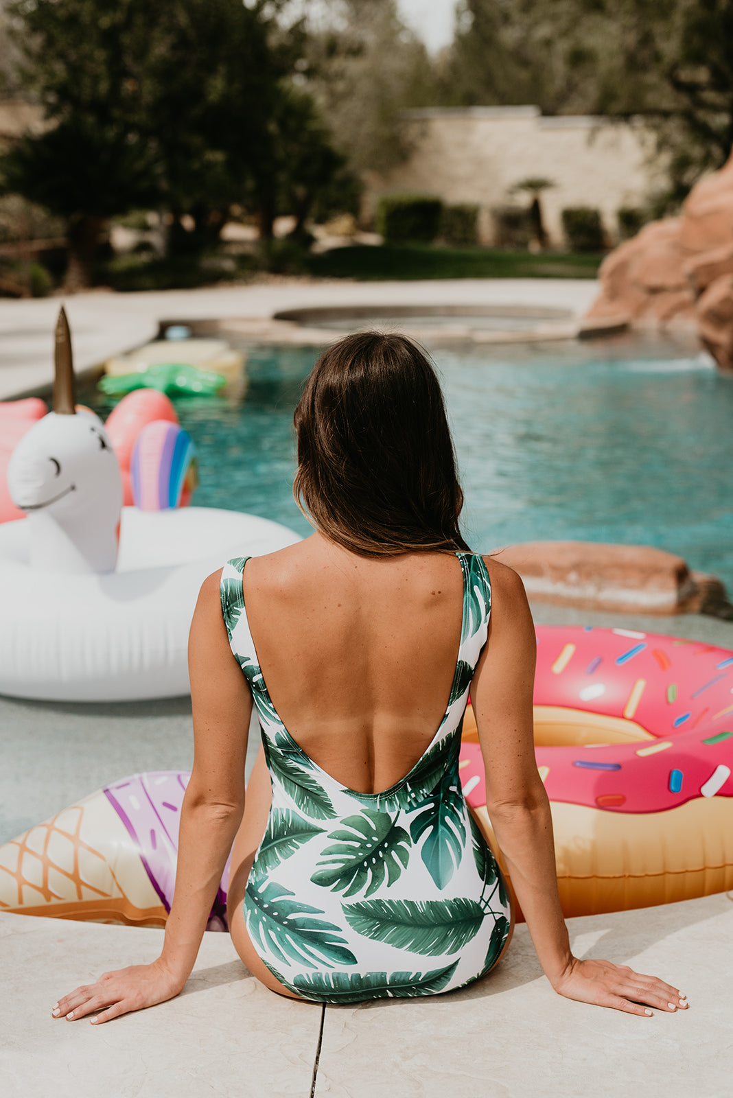 THE SCOOP ONE PIECE IN PALM PARADISE