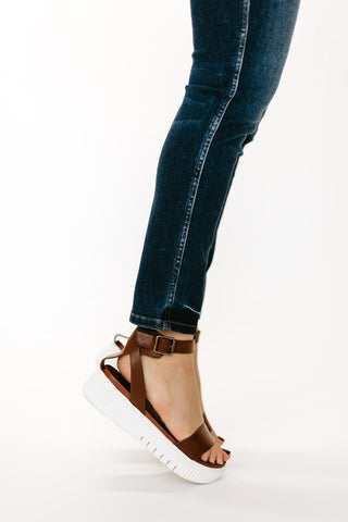 THE SANGRIA LOAFER IN BROWN