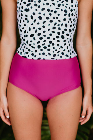 PINK DESERT LOW WAIST SWIM BOTTOM IN BLACK ITSY DAISY