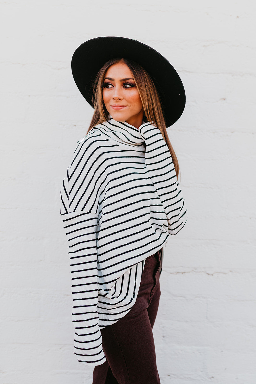 THE LINDA TOP IN BLACK AND WHITE STRIPE