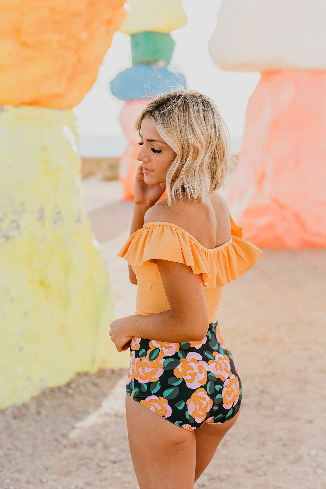 THE MANGO RUFFLE MIDKINI TOP