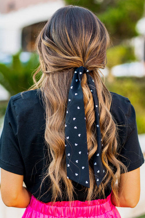 THE WHITE HEART BANDANA IN BLACK