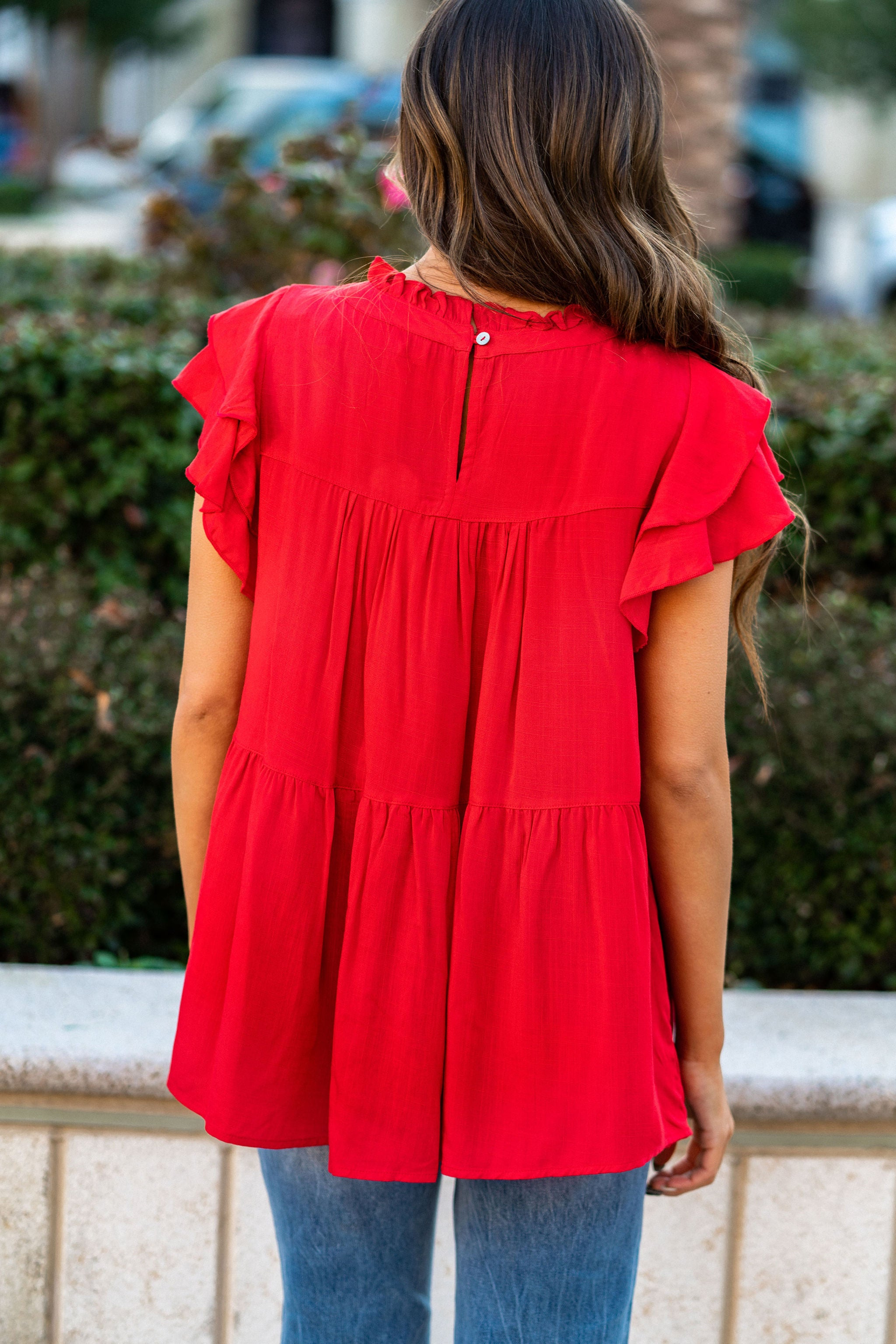 THE RONNIE SHORT SLEEVE TOP IN RED