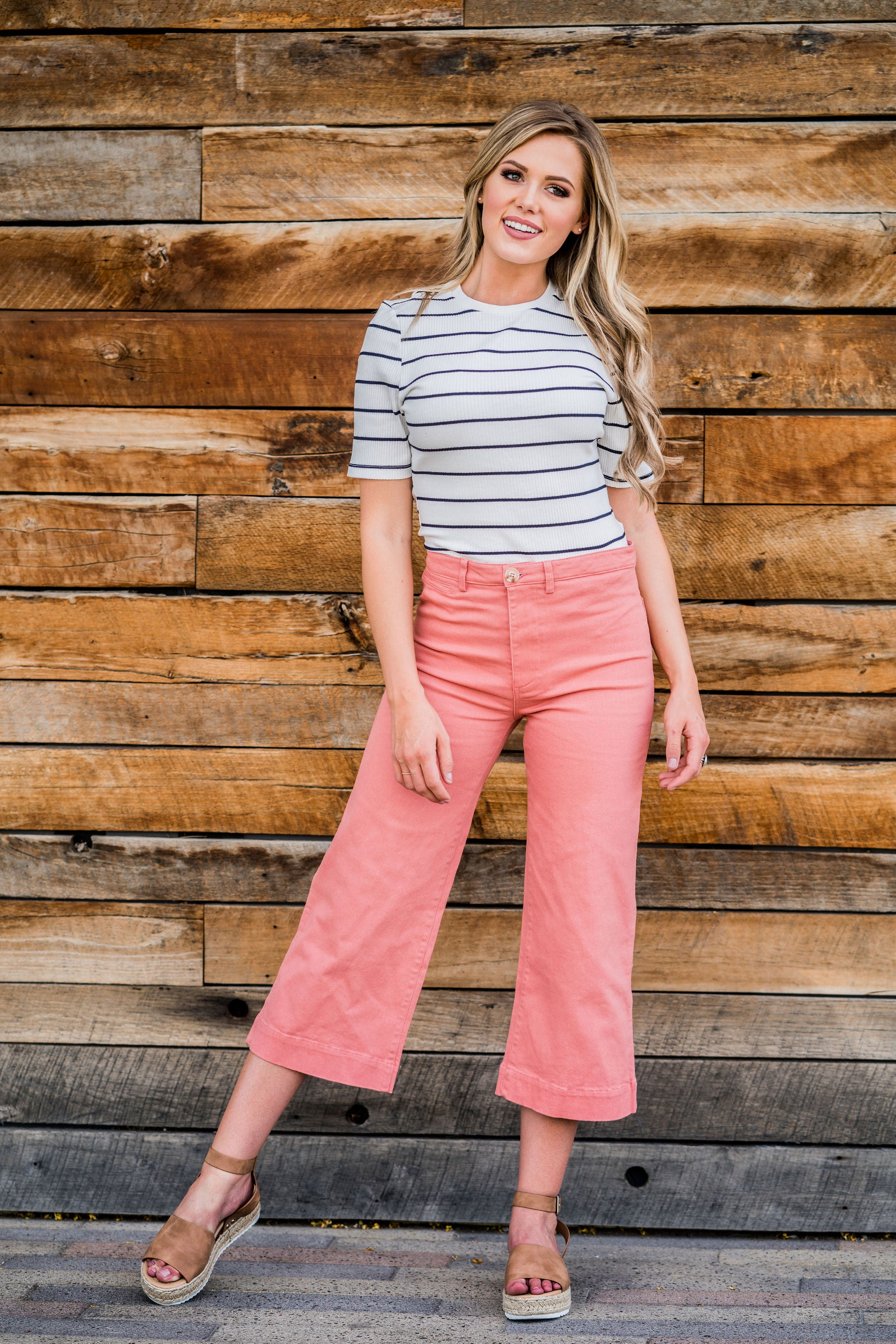 THE ROXANNA WIDE LEG PANT IN CORAL