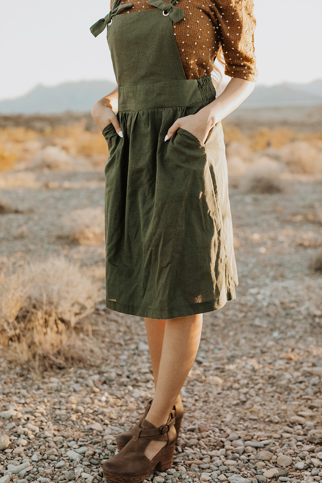 THE MARIANNE OVERALL DRESS IN OLIVE