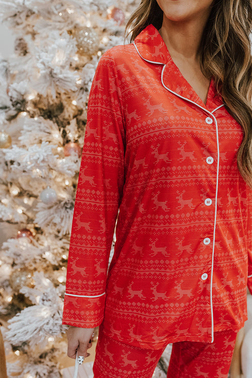 THE PINK DESERT HOLIDAY REINDEER PAJAMAS IN RED
