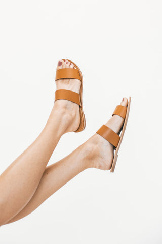 THE KIMMIE PLATFORM SANDAL IN BLACK