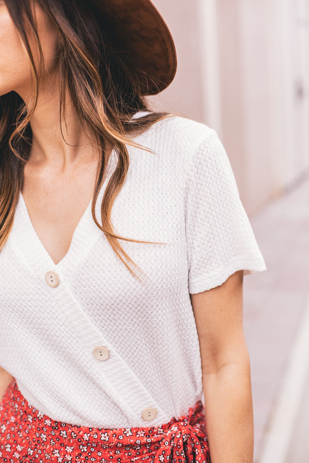 THE TILLY WOODEN BUTTON TOP IN IVORY