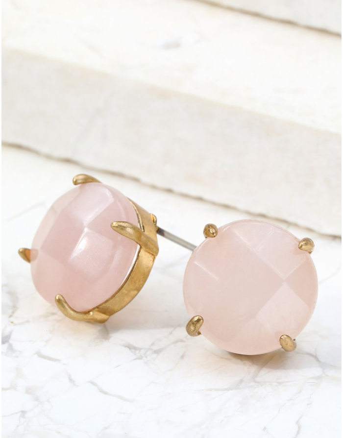 THE QUARTZ EARRINGS IN BLUSH