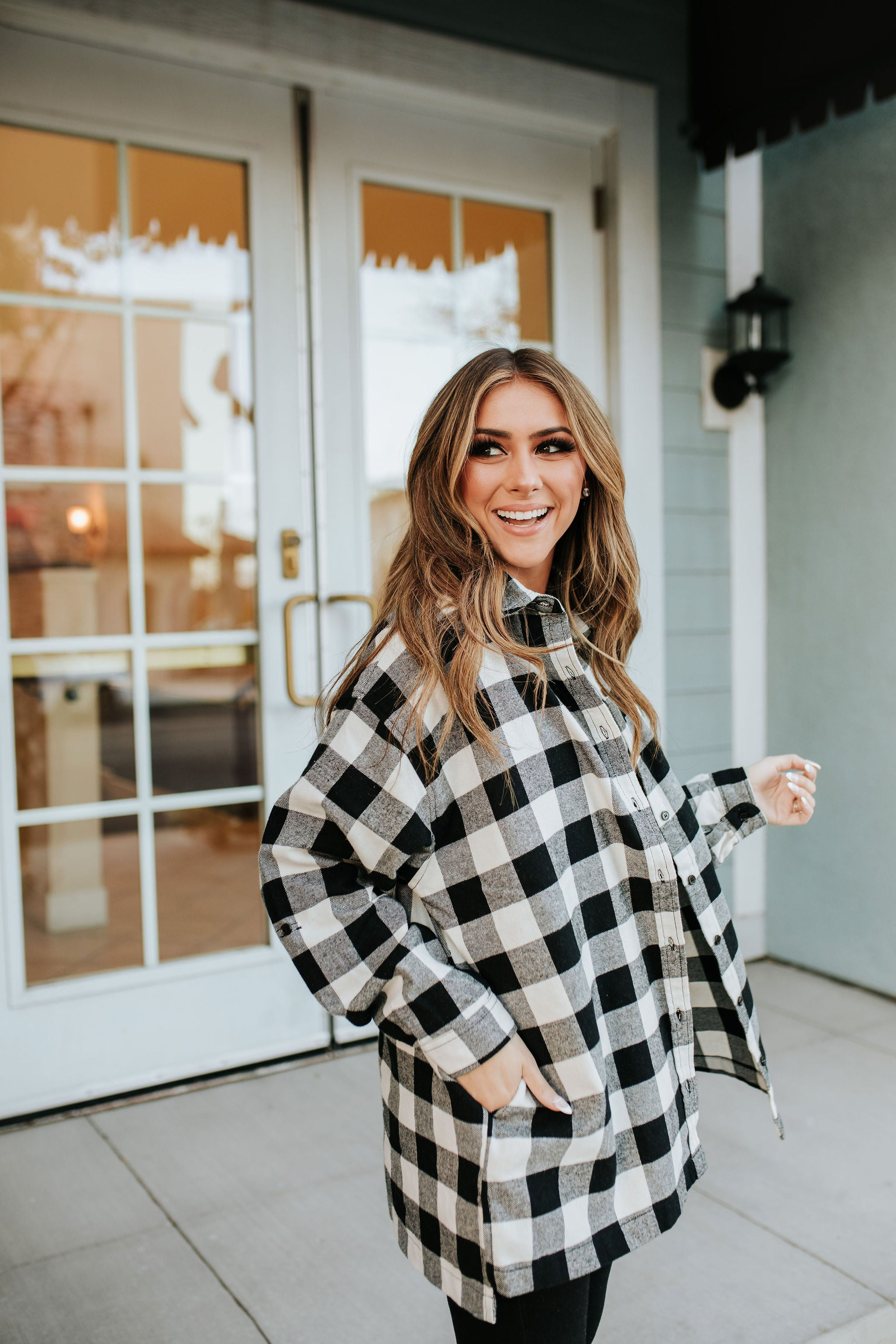 THE BECKETT FLANNEL TOP IN BLACK AND WHITE