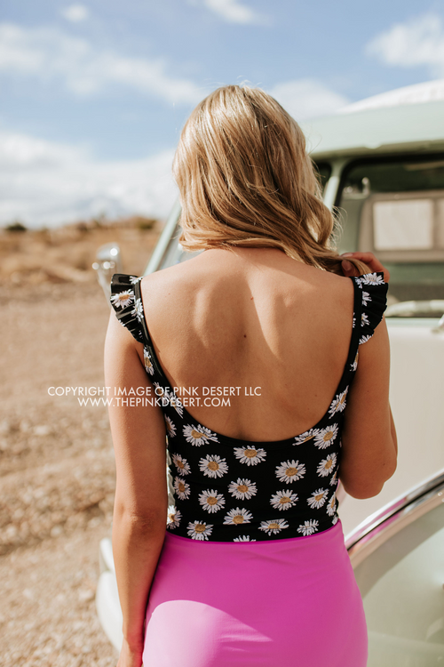 PINK DESERT SWEETY FLUTTER CROP SWIM TOP IN LA LA DAISY