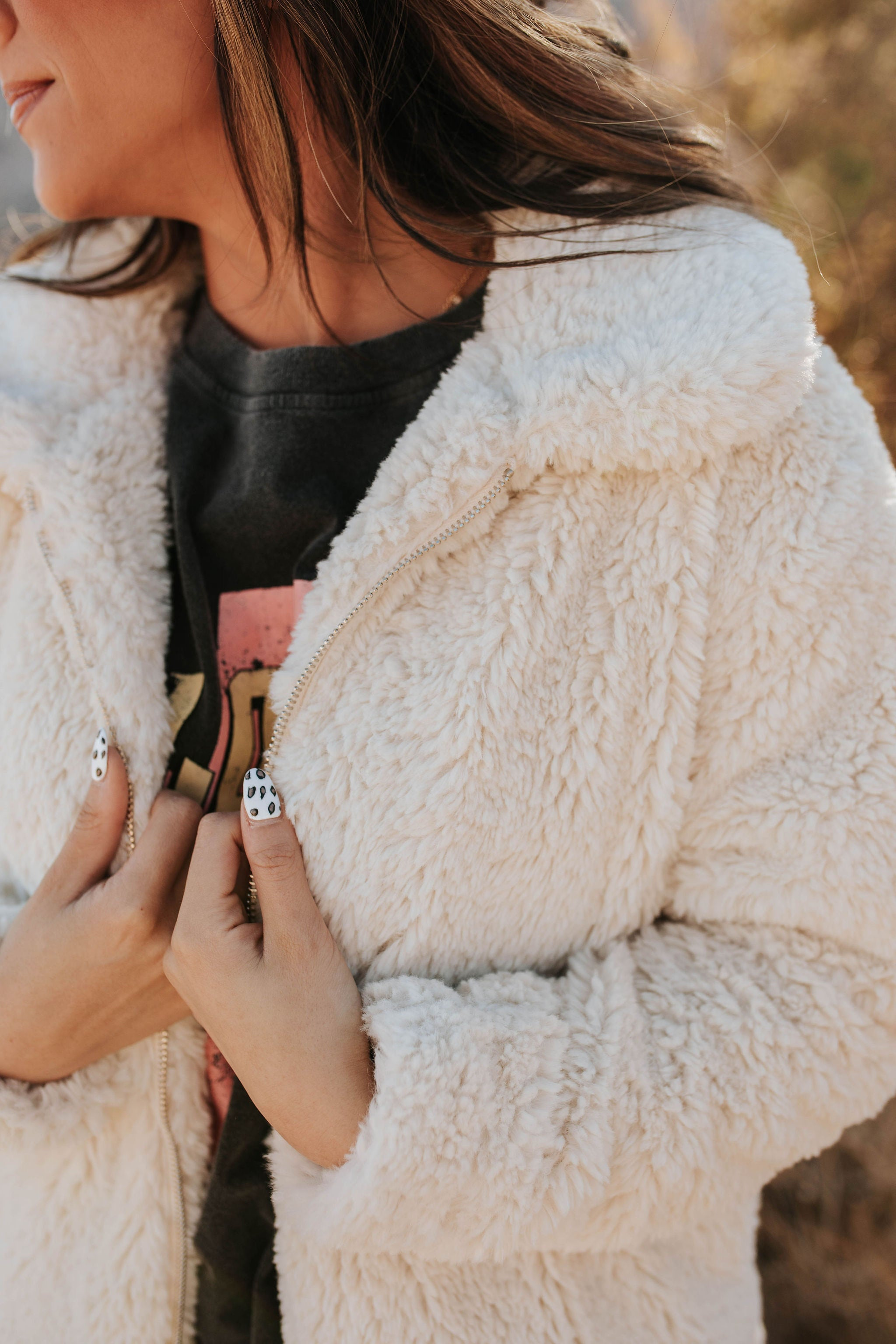 THE SNOW KISSED SHERPA JACKET IN CREAM