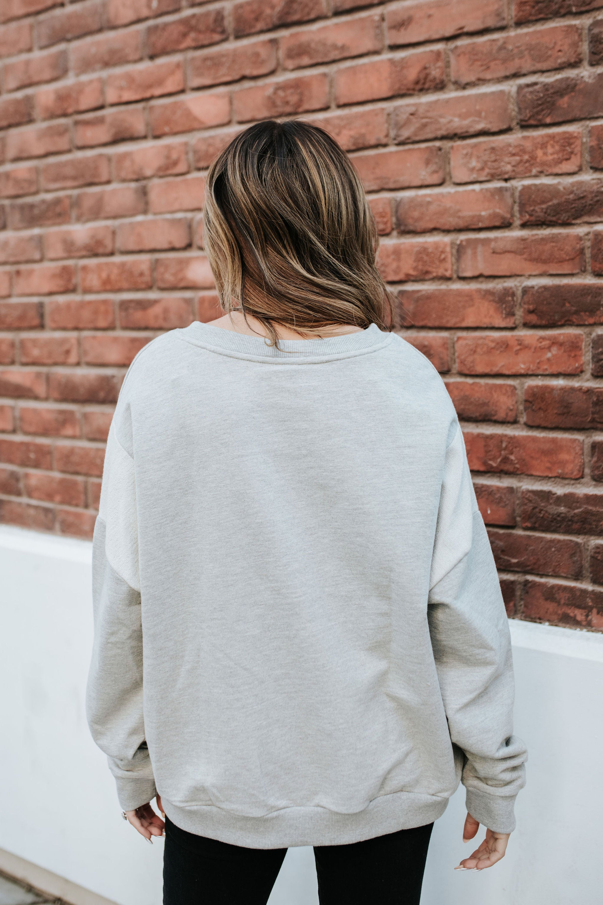 THE GREYSON PULLOVER IN HEATHER GREY