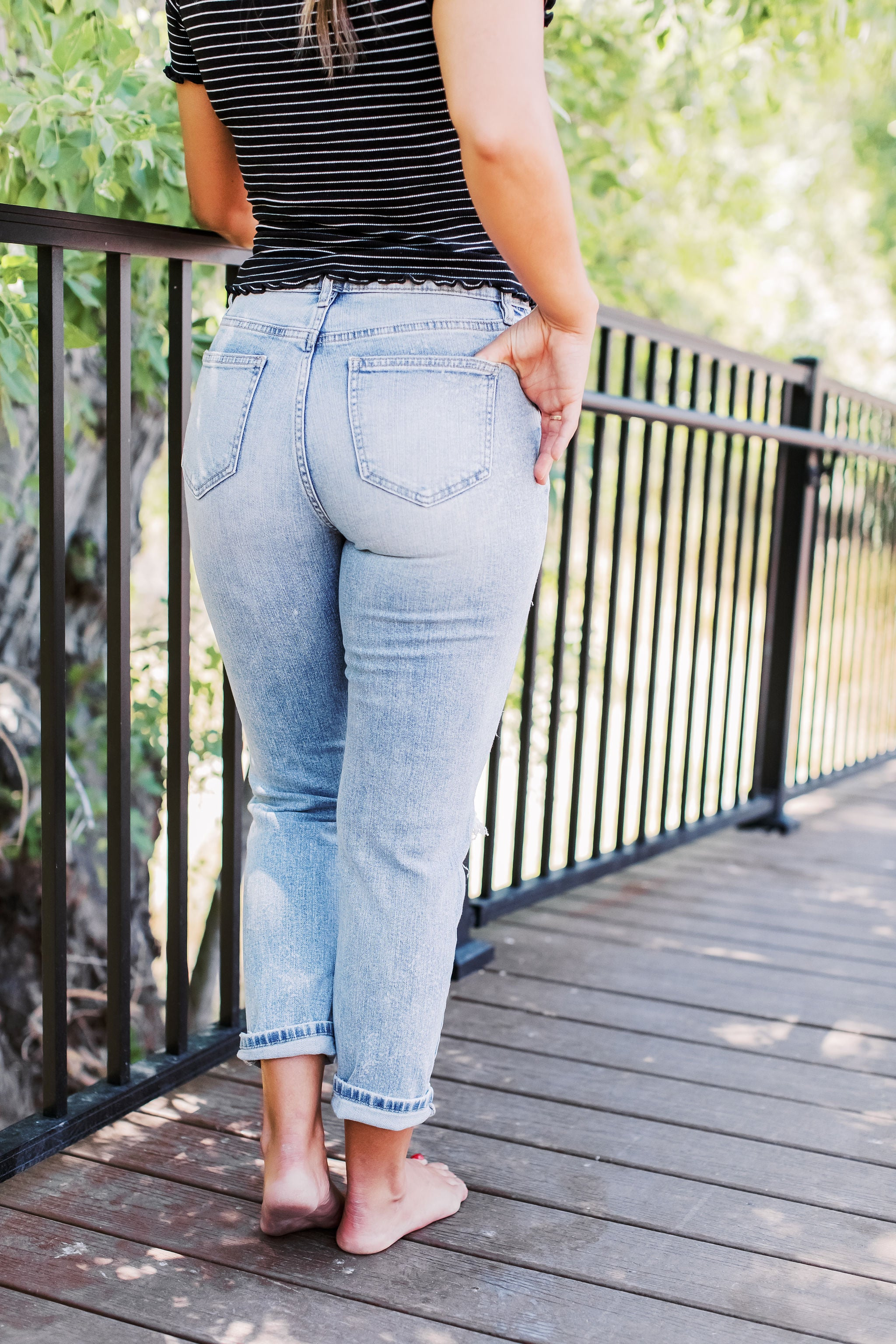 THE GREAT HEIGHTS SUPER HIGH RISE MOM JEAN IN MEDIUM DENIM