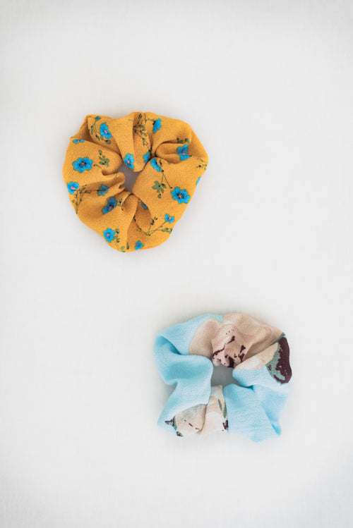 THE FLORAL SCRUNCHIE SET