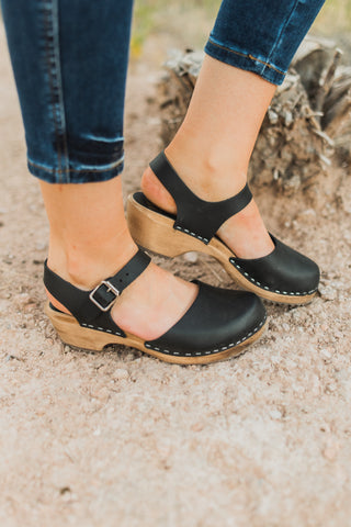 THE JEAN ANKLE STRAP HEEL IN BLACK