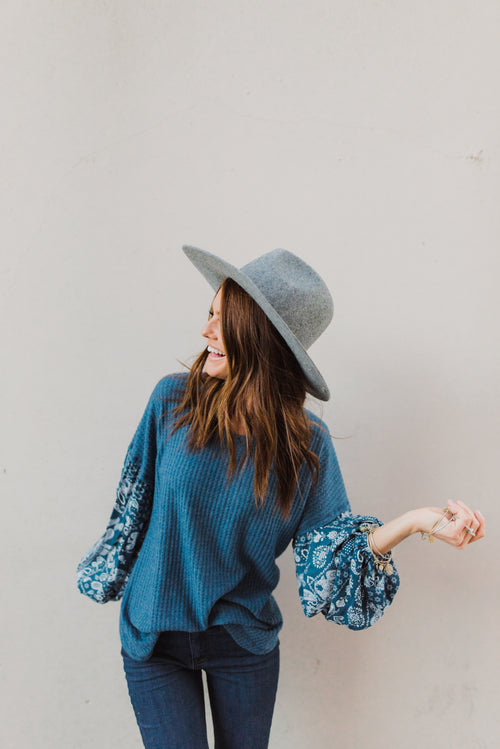 THE PAISLEY SLEEVE WAFFLE KNIT TOP IN TEAL