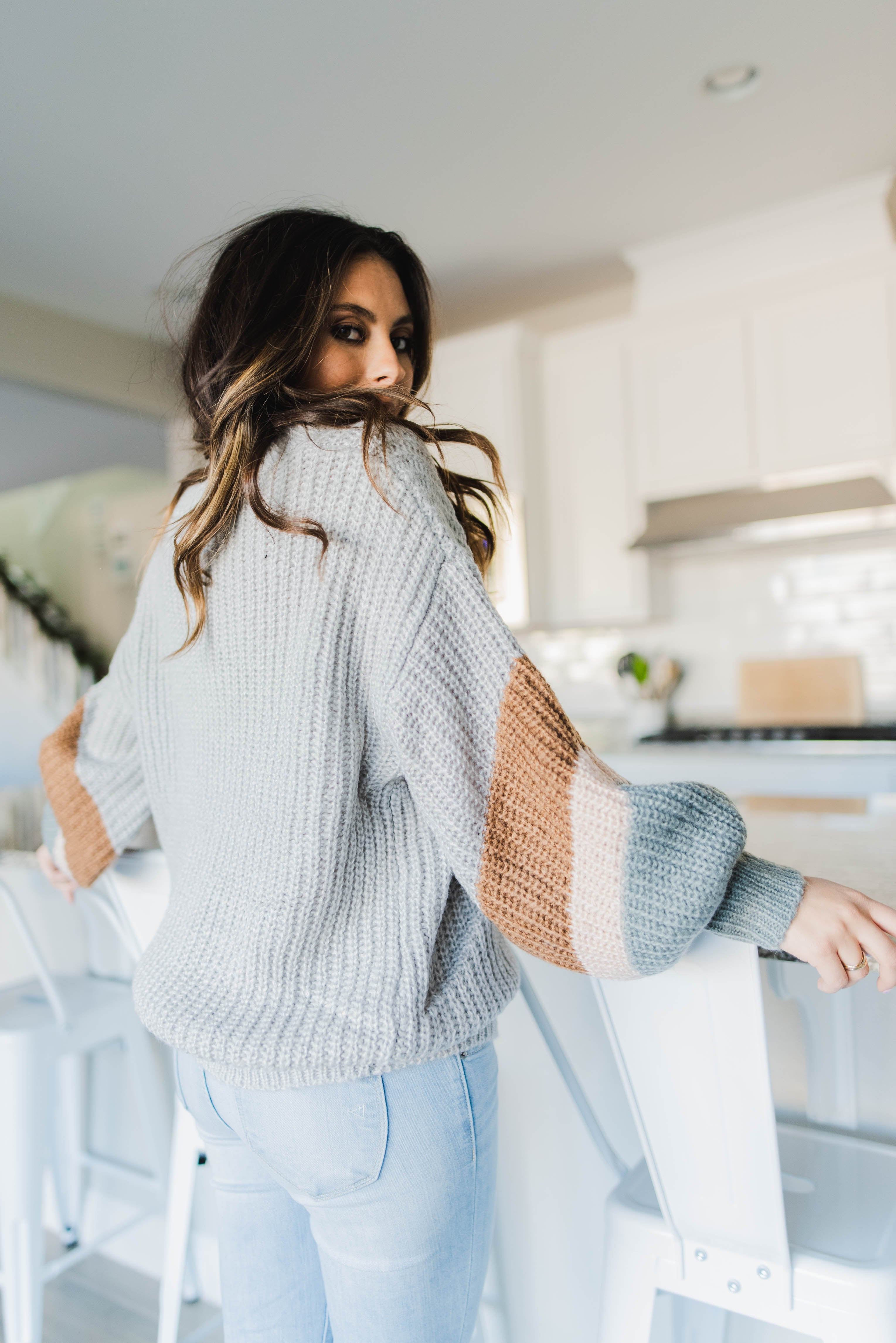 THE DESTINY KNIT SWEATER IN SILVER