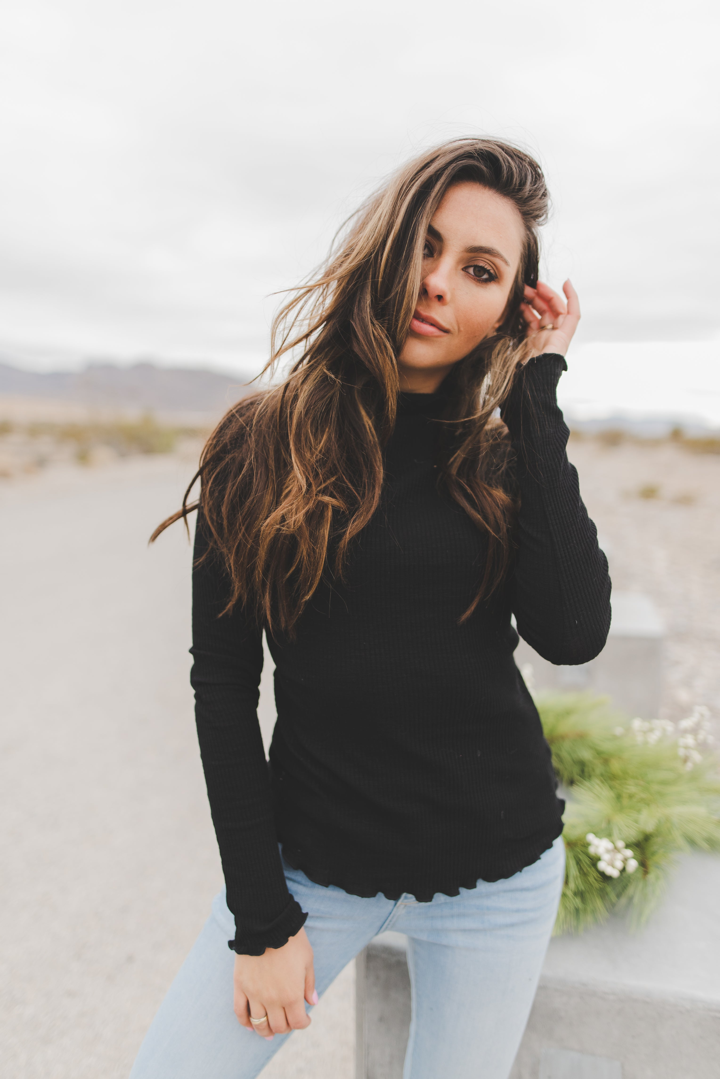 THE FAYE RIBBED LONG SLEEVE IN BLACK