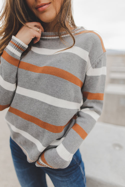 THE DAVIS STRIPE SWEATER IN GREY