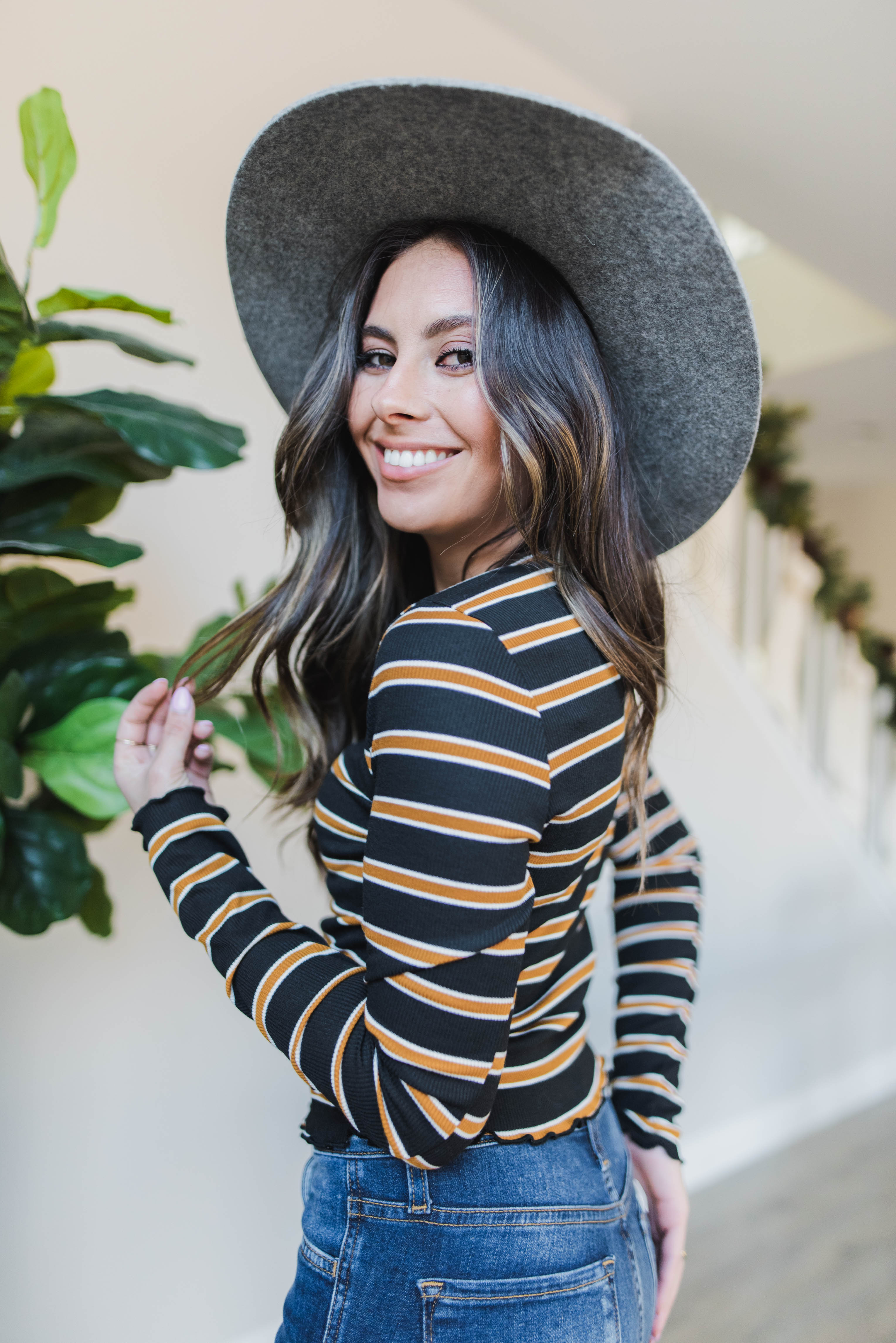 THE COOPER CROPPED STRIPE LONG SLEEVE IN BLACK