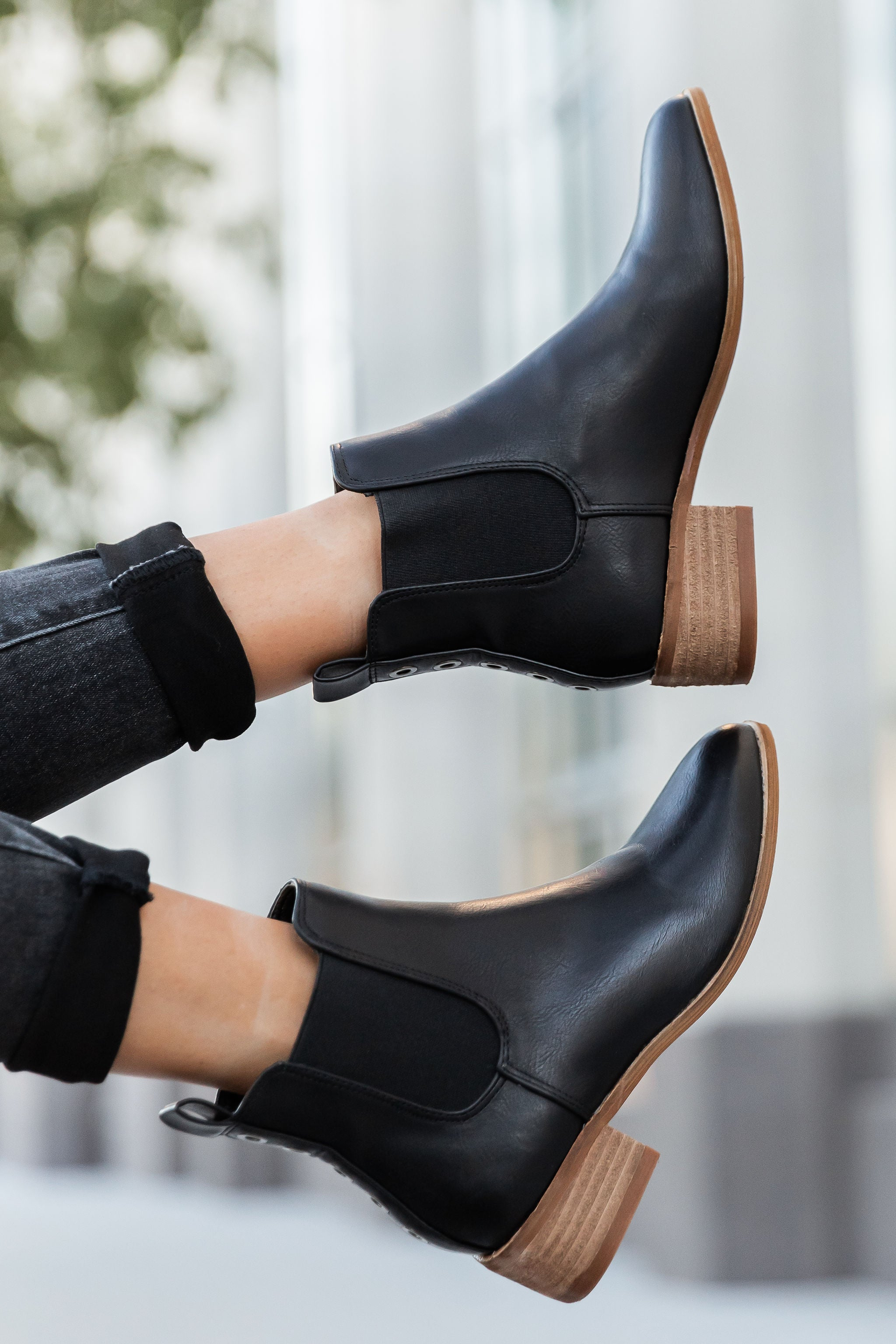THE NORWAY BOOTIES IN BLACK