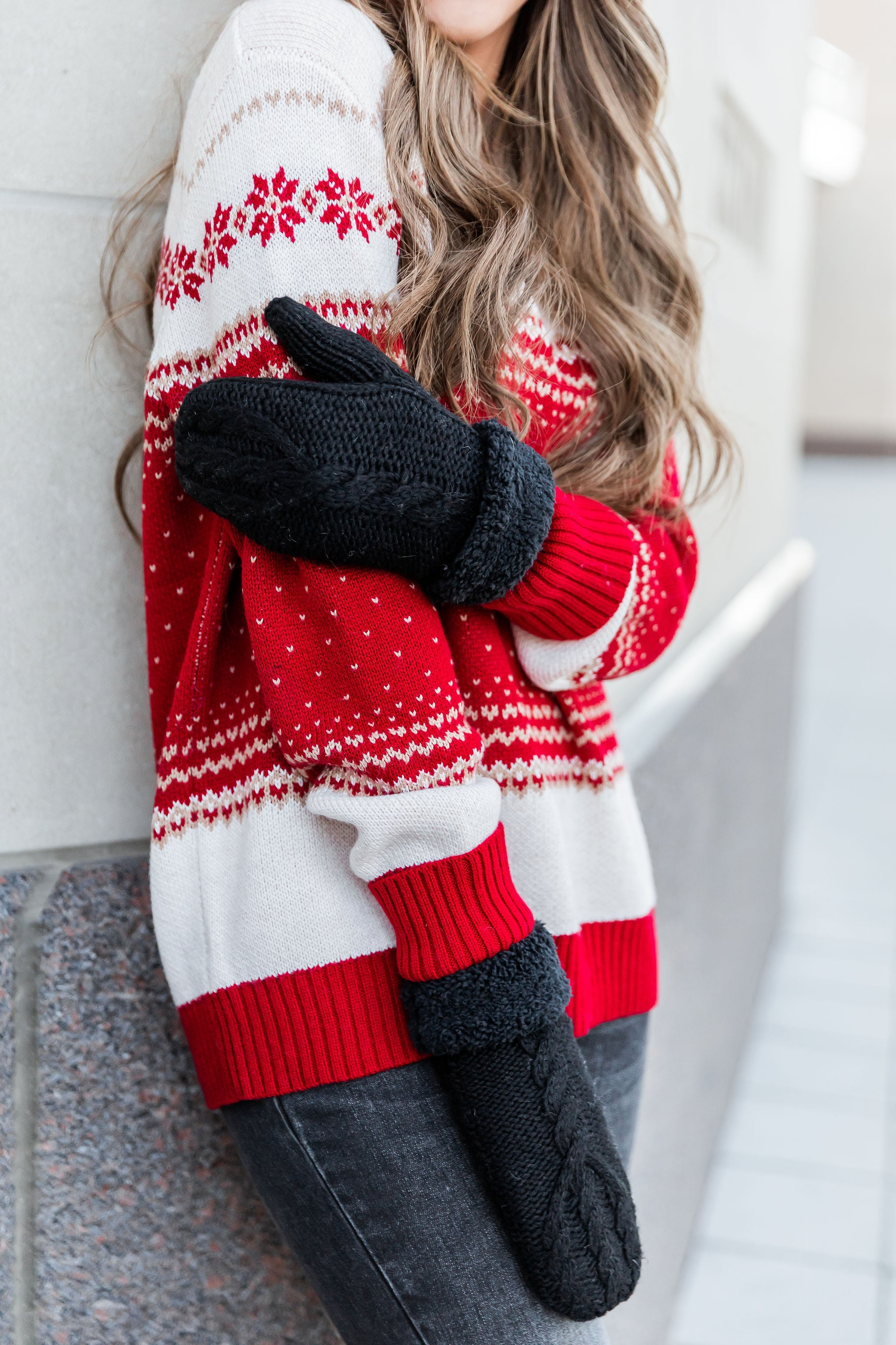 THE HOLIDAY KNIT SWEATER IN RED