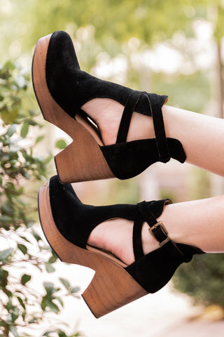 THE ESPADRILLE ANKLE STRAP WEDGES IN BLACK