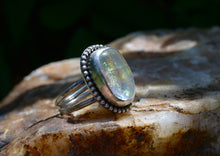 Load image into Gallery viewer, Opalescent Cocktail Ring