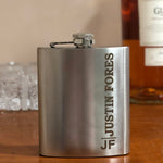 Load image into Gallery viewer, personalised hip flask gift for men